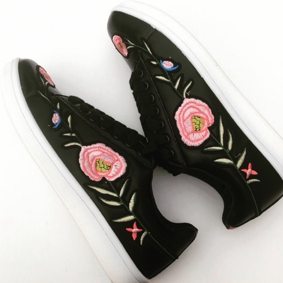 Evolving Always Shoes - Gorgeous Sneakers With Floral Design